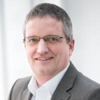 Dr. Matthias Bauch